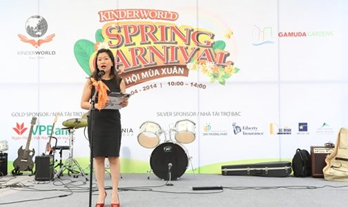 Vui nhộn lễ hội KinderWorld 2014