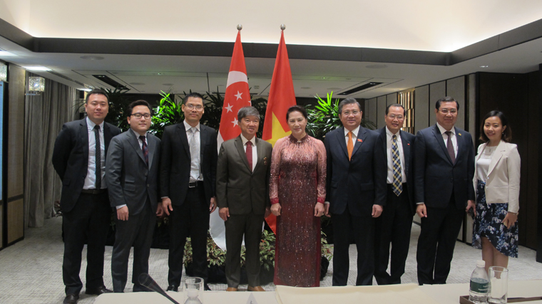 Meeting with Mdm. Nguyen Thi Kim Ngan – Chairwoman of the National Assembly of Vietnam, Singapore, 27 November 2017